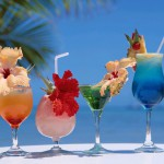 5 Easy Summer Cocktails You Can Make At Home